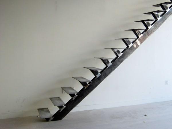 Scale in metallo produzione scale moderne a giorno - Scale interne a vista ...