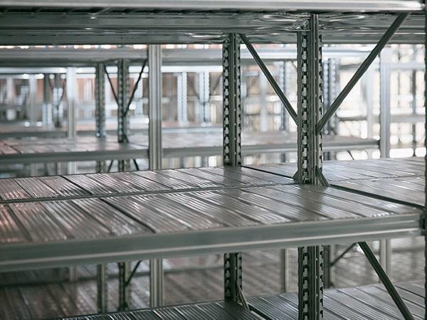 strutture-metalliche-prefabbricate-per-immagazzinaggio